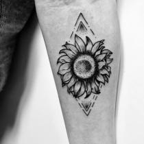 Sunflower dotwork